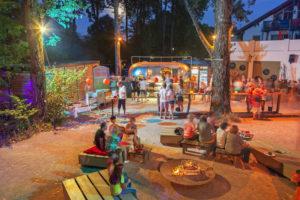 Sundowner-Bar in Übersee am Chiemsee, Chiemgau, Upper Bavaria, Bavaria, Southern Germany, Germany, Europe