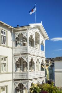 Häuser in der Altstadt von Sassnitz, Insel Rügen, Mecklenburg-Vorpommern, Deutschland