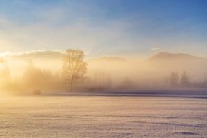 Nebel im Alpenvorland, Penzberg, Pfaffenwinkel, Oberbayern, Bayern, Süddeutschland, Deutschland, Europa