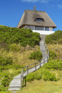 Reetdachhaus in Hörnum, Insel Sylt, Nordfriesland, Schleswig-Holstein, Norddeutschland, Deutschland, Europa