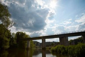 Bayern, Schwaben, Fluß, Wörnitz, Eisenbahnbrücke bei Harburg