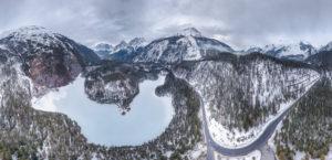 Winterliches Drohnenpanorama vom Blindsee am Fernpass
