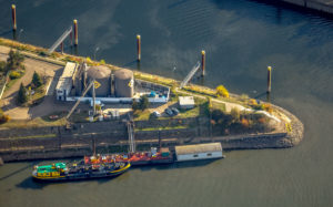 Aerial shots, Duisport, Duisburger harbour, logistics, goods transport, cargo forwarding agency service neska Speditionskontor GmbH, ship loading, turnover of goods, inland ship journey, Kasslerfeld, Duisburg, Ruhr area, North Rhine-Westphalia, Germany