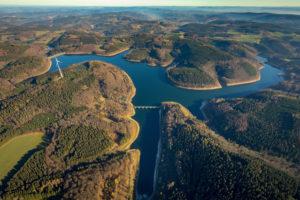 Verse dam, verses, low waters, water shortage, dam, autumn, Lüdenscheid, Sauerland, district of Brandenburg, North Rhine-Westphalia, Germany