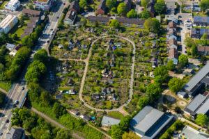 Aerial photograph of the allotment garden association KGV Stollenhof e.V, Schrebergarten Saarner Strasse in Mülheim an der Ruhr in the Ruhr area in the federal state of North Rhine-Westphalia, Germany.