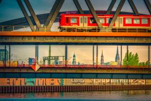 Deutschland, Hamburg, Hafencity, Hammerbrook, Deich, Hochwasserschutz, Großmarkt, Billhafen, Brücke, S-Bahn