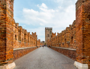 Scaligero bridge, Ponte Scaligero, river Adige, Verona, Veneto, Italy, Europe