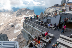 Munich House, Zugspitze, 2962 m, highest mountain peak in Germany, Wettersteingebirge, Eastern Alps, Alps, Garmisch-Partenkirchen, Bavaria, Germany, Europe