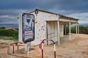 Europe, Portugal, Algarve, Litoral, Barlavento, Felsalgarve, district Faro, Lagos, old kiosk and billboard