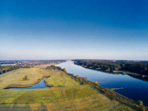 Germany, Northern Germany, Lower Saxony, Elbe, bank landscape, Elbe valley, bank at Hohnstorf, aerial view, floodplain with pond, bank course, looking downriver, distant view, horizon