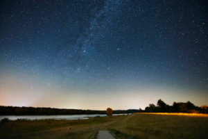 Night shot, celestial vaults, starry sky at the time of the Perseids, Germany, Northern Germany, Lower Saxony, Elbe Valley, banks of the Elbe near Barförde, upstream