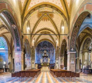 Kirchenschiff der Kathedrale San Lorenzo in Lugano