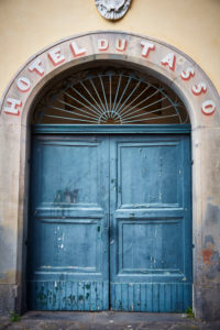 old door, blue wood, entrance, hotel Du Tasso, Amalfi coast, Italy