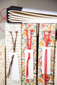 handgearbeitete Alben, gemustert, Buchrücken, Handwerkskunst