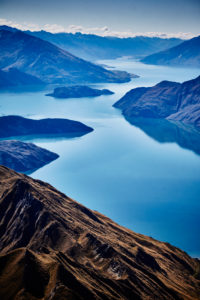 New Zealand, south island, Mount Roy, Roys Peak, Wanaka, mountains and mountain lakes, reflection in the blue water