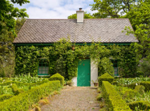 Ireland, Donegal, Glenveagh national park, garden of Glenveagh Castle, gardener's house