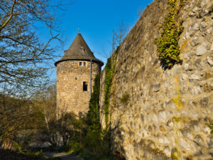 Europe, Germany, Hesse, Lahn-Dill-Kreis, Lahn-Dill-Bergland, Wetzlar, Säuturm at the old city wall near Avignon-Anlage