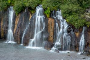 Island, der schleierartige Barnafoss Wasserfall, Detail, Herbst