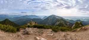 Panoramic view of the Bavarian Alps from the Herzogstand