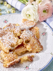 Kaiserschmarren with raisins