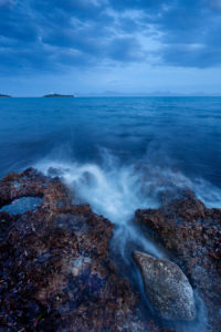 Alcanada, coast, surf, shore, blue hour, Majorca, Spain
