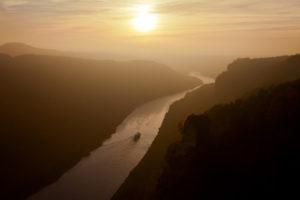 Sundown, the Elbe river, river, mountains, sun, Bärengrund, boat, ship