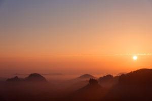 Sonnenaufgang, Winterstein, Zschand, Nebel, Sächsische Schweiz, Mittelgebirge, Deutschland