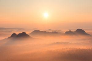 Sonnenaufgang, Nebel, Kleiner Winterberg, Sächsische Schweiz, Mittelgebirge, Deutschland, Europa