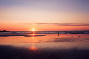 Sunset, Skagsanden, Brunstranda, beach, reflection, sun, Flakstadoya, Lofoten, Norway, Europe