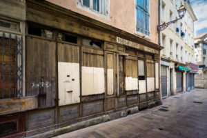 Closed bakery in Narbonne