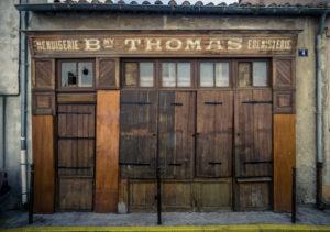 Alte aufgegebene Schreinerei in Narbonne