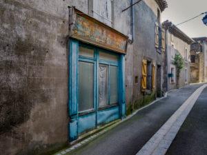 Geschlossenes Einzelhandelsgeschäft in Serviès en Val