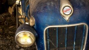 Old Eicher tractor in Assignan, detail