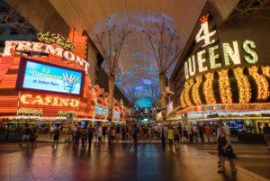Unterwegs in den Straßen und Casinos von Las Vegas, Nevada, USA