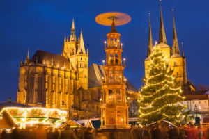 Germany, Thuringia, Erfurt, Christmas Market in Cathedral Square
