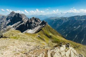 Innsbrucker Hut, Stubai Valley, Austria, mountain hike,