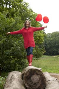 Woman, young, balloons, park, trunk, balance,