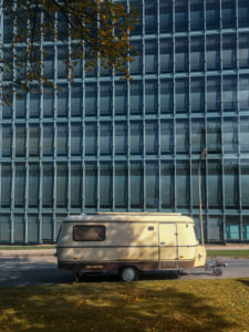 Deceleration, caravan, city, camping