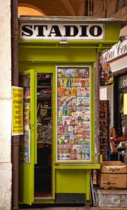 Kiosk, alley, shop, shack, Pisa, Tuscany, Italy