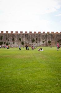 Piazza del Duomo, Mauer, Pisa, Toskana, Italien