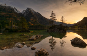Germany, Bavaria, the Hintersee in Ramsau the mountain climbing village