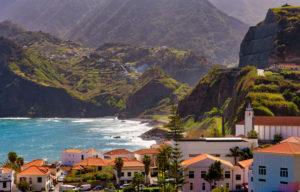 Gemeinde und Landschaft Porto da Cruz, Machico, Madeira