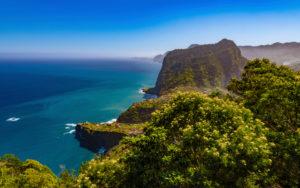 Gemeinde und Landschaft Porto da Cruz, Adlerfelsen, Machico, Madeira