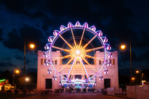 """Ferris wheel at the Königsplatz in Munich, at the blue hour under the motto """"Summer in the city"""" events"""