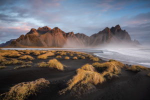 Island, Island im Herbst, Aussicht auf Vestrahorn Bergmassiv