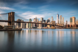 USA, New York, Brooklyn, View of Manhattan & Brooklyn Bridge
