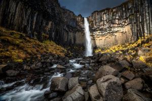 Wasserfall im Herbstlicht, Island