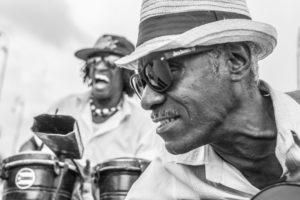 Cuba, Havanna, El Cuarto de Tula, two merry musicians,