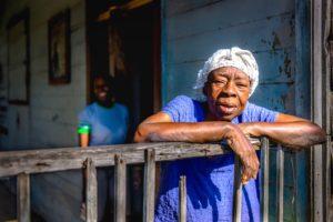 Cuba, Havanna, Old Lady in Hershey