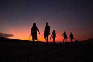 Cuba, Havanna, Evening walk at the Malecon